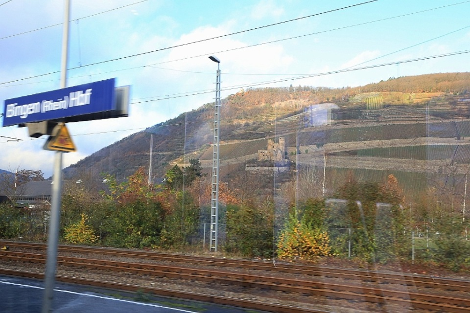 Deutsche Bahn, Regional Express, Rhein, Rhine, Bingen, Bingen am Rhein, Germany, fotoeins.com
