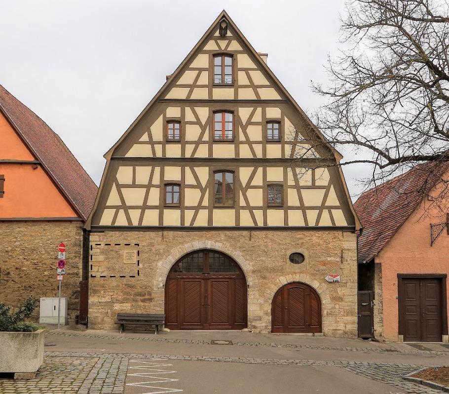 Schrannenplatz 16, Rothenburg ob der Tauber, Germany, fotoeins.com
