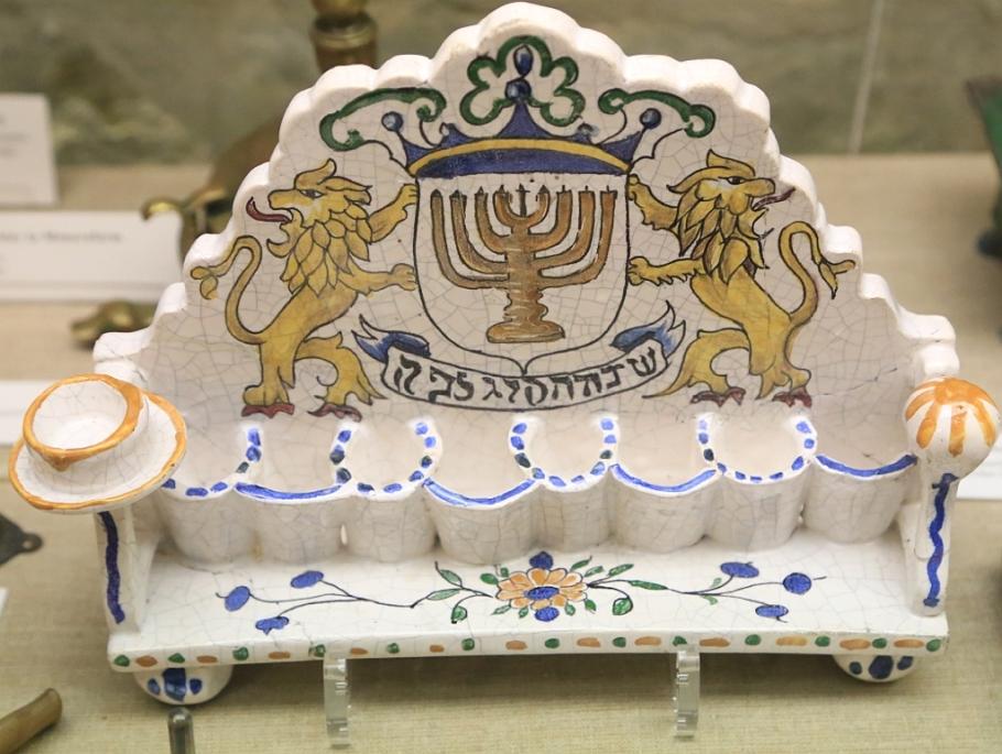 Judaica, Reichsstadtmuseum, Imperial City Museum, Altstadt, Rothenburg ob der Tauber, Germany, fotoeins.com