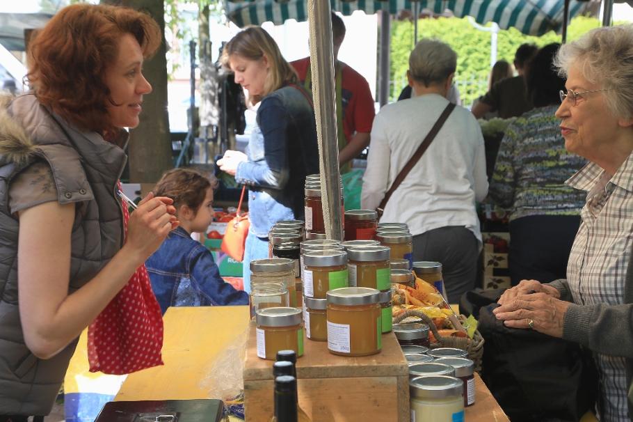 Wochenmarkt, Saturday farmers market, Neuenheimer Markt, Markplatz, Neuenheim, Heidelberg, Germany, fotoeins.com