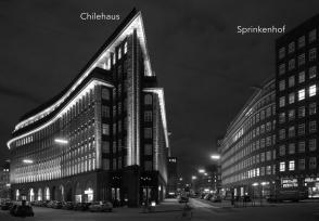 Kontorhausviertel at night, Chilehaus, Sprinkenhof, UNESCO, World Heritage, Weltkulturerbe, Hamburg, Germany, fotoeins.com