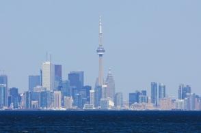 Toronto downtown/CBD skyline, Lake Ontario, Jack Darling Memorial Park, Mississauga, Ontario, Canada, fotoeins.com