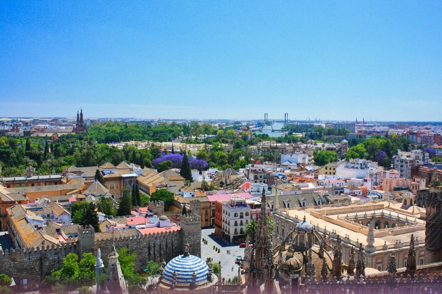 Guadalquivir river, La Giralda, Puente del V Centenario, Sevilla, Seville, Spain, Espana, fotoeins.com