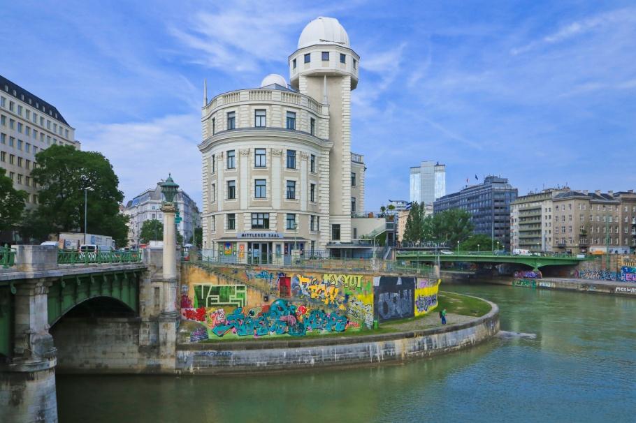 Urania, Wienfluss, Wien river, Danube, Donau, Wien, Oesterreich, Vienna, Austria, fotoeins.com