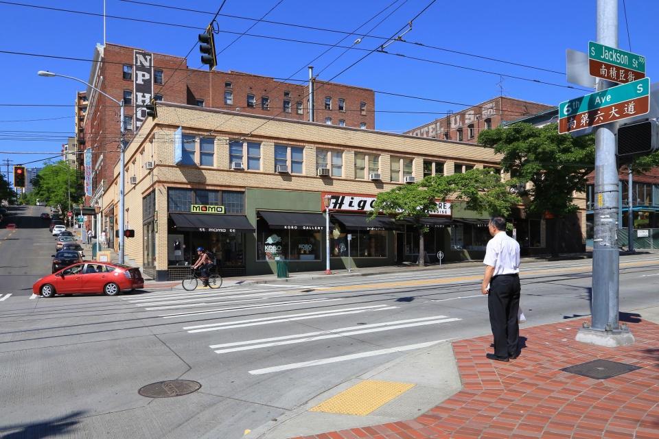 South Jackson Street, International District, Seattle, WA, USA, fotoeins.com