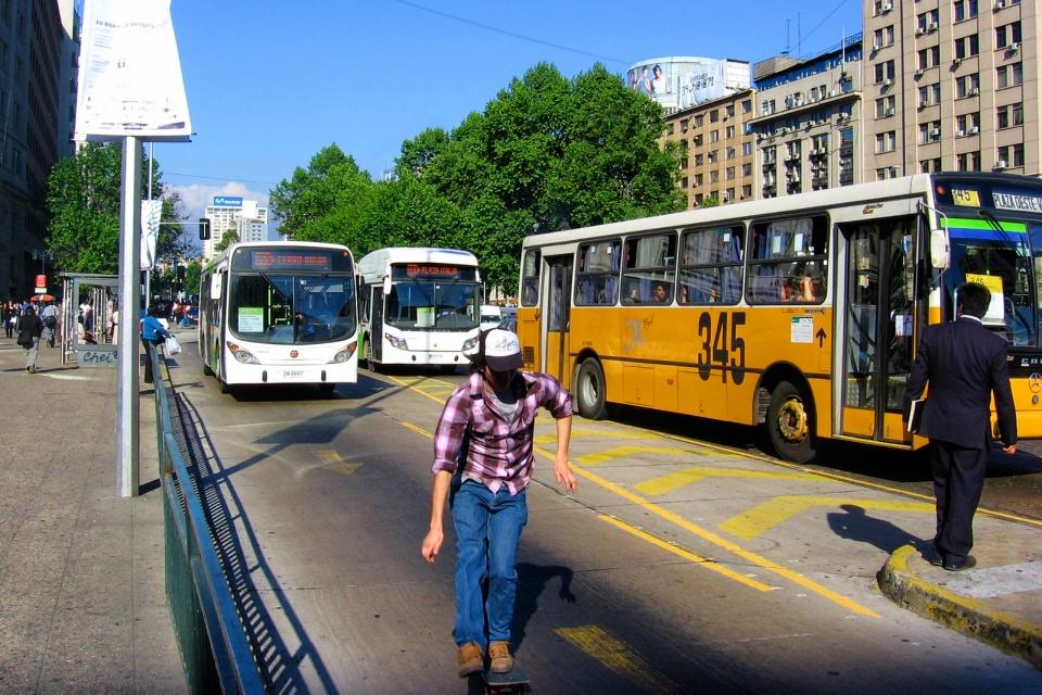 Avenida Libertador Bernardo O'Higgins, Morande, Region Metropolitana, Santiago, Chile, fotoeins.com