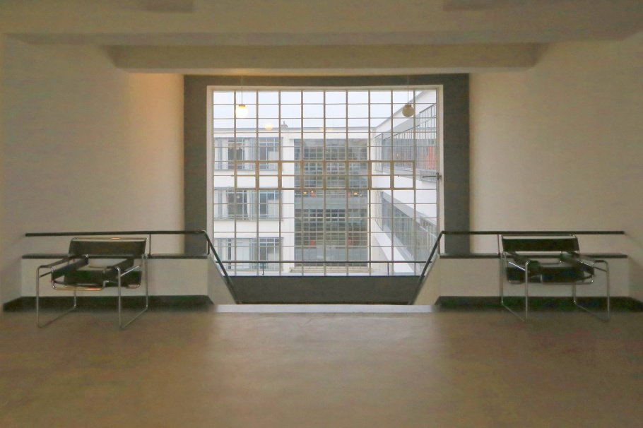 Bauhausgebäude, Bauhaus, Bauhaus Dessau, Dessau, Saxony-Anhalt, Sachsen-Anhalt, Germany, UNESCO, World Heritage, fotoeins.com