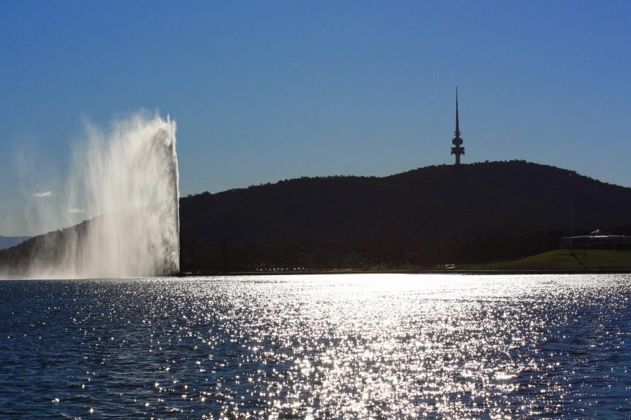 Lake Burley Griffin, Canberra, ACT, Australia, fotoeins.com, myRTW