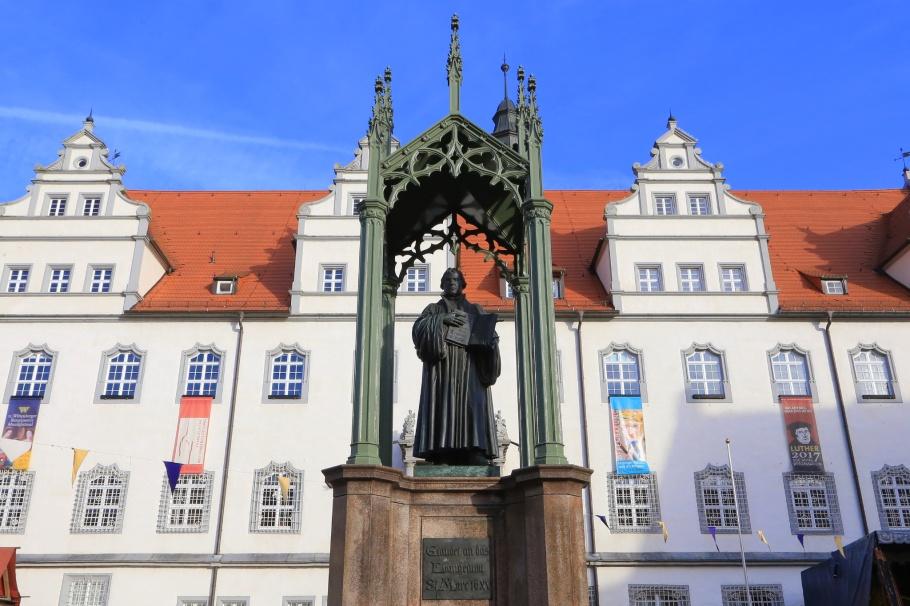 Lutherdenkmal, Luther Memorial, Lutherstadt Wittenberg, Wittenberg, Saxony-Anhalt, Sachsen-Anhalt, Germany, fotoeins.com