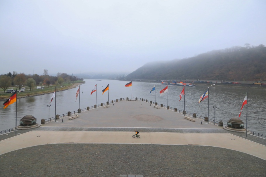 2nd Deutsches Eck, Deutsches Eck, Mosel, Rhine, Koblenz, Rheinland-Pfalz, Rhineland-Palatinate, Germany, Oberes Mittelrheintal, Upper Middle Rhine Valley, UNESCO, World Heritage, fotoeins.com