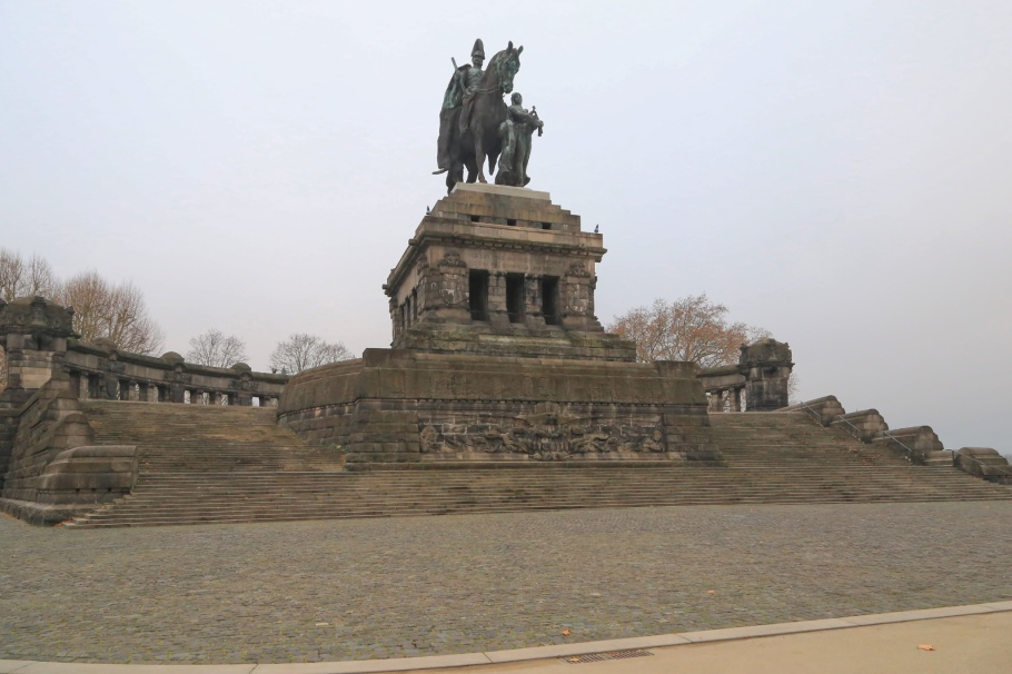 emorial to German Unity, 2nd Deutsches Eck, Deutsches Eck, Mosel, Rhine, Koblenz, Rheinland-Pfalz, Rhineland-Palatinate, Germany, Oberes Mittelrheintal, Upper Middle Rhine Valley, UNESCO, World Heritage, fotoeins.com