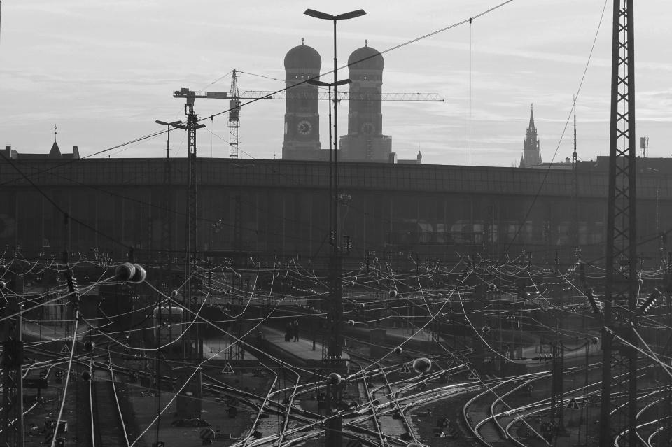 Hackerbrücke, München Hauptbahnhof, train station, morning, München, Munich, Germany, fotoeins.com