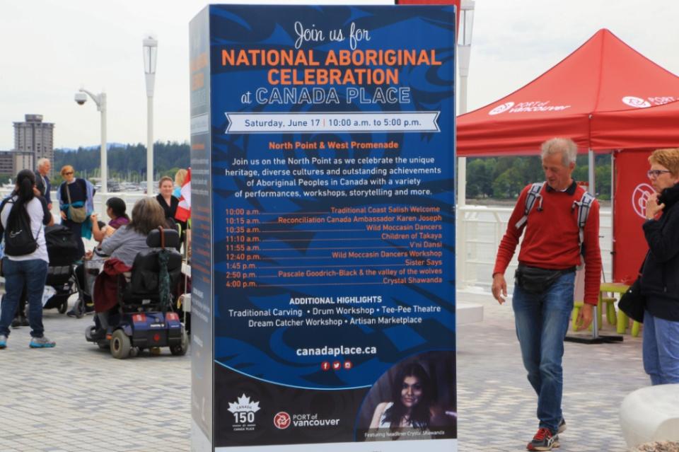 National Aboriginal Celebration, Canada Place, Vancouver, BC, Canada, fotoeins.com