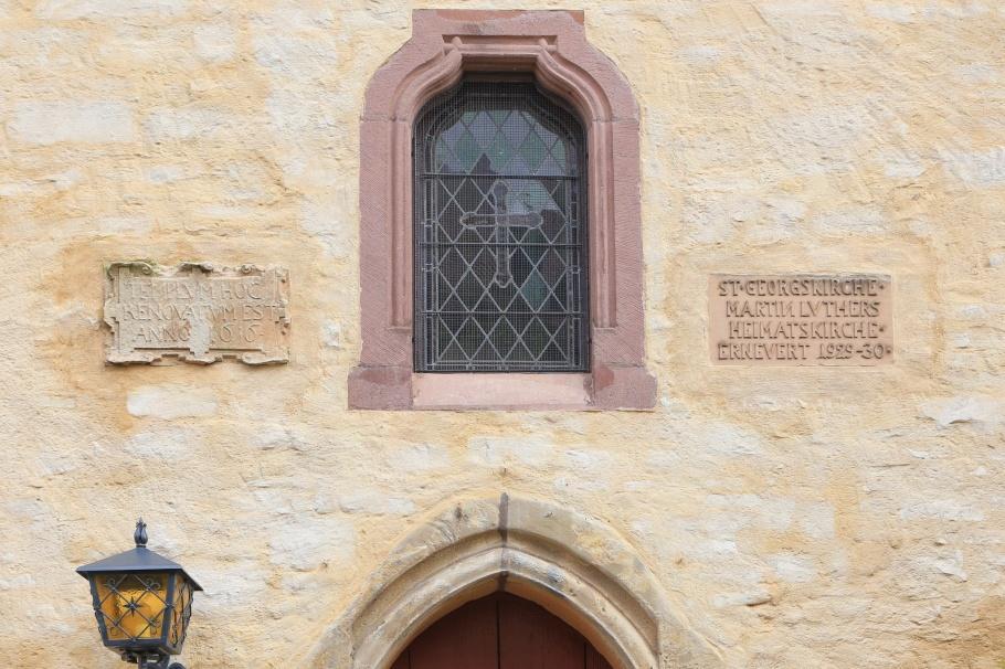 Stadtkirche St. Georg, St. George Church, Luther sculpture, Marc Fromm, Mansfelder Land, Luther Country, Mansfeld Südharz, Mansfeld Lutherstadt, Mansfeld, Saxony-Anhalt, Sachsen-Anhalt, Germany, fotoeins.com