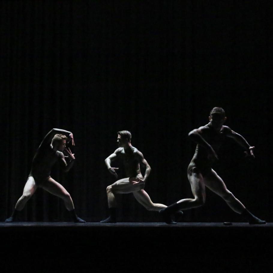 Eight Years of Silence, Cayetano Soto, Ballet BC, Ballet BC 32 One, Season 32, Program 1, Queen Elizabeth Theatre, Vancouver, BC, Canada, fotoeins.com