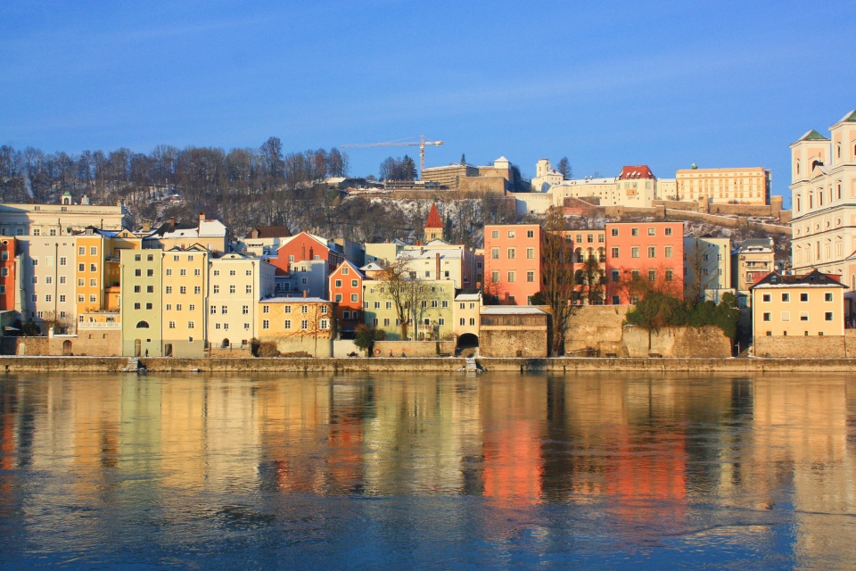 Passauer Altstadt, Innstadt-Brauerei, Inn River, Passau, Bavaria, Bayern, Germany, fotoeins.com, myRTW