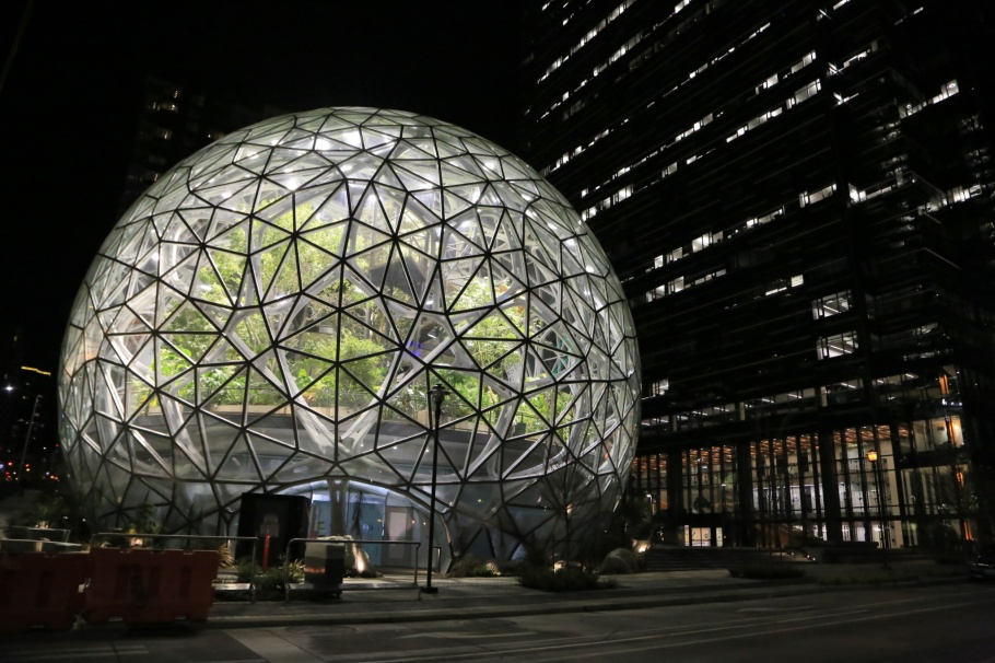 The Spheres, Amazon Spheres, 7th and Lenora, Amazon, Denny Regrade, Denny Triangle, Seattle, Washington, fotoeins.com