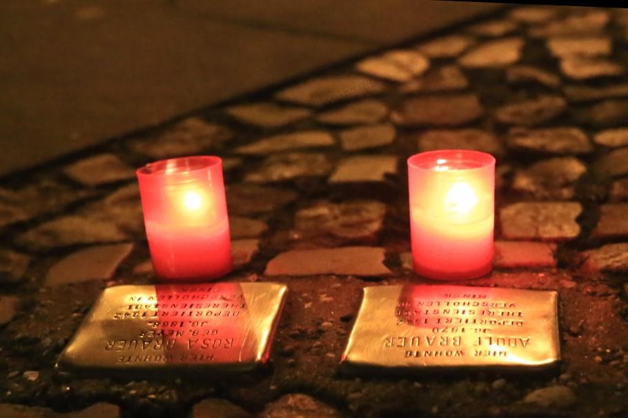 Stolpersteine, Friedrichshain, Pogromnacht, Berlin, Germany, fotoeins.com