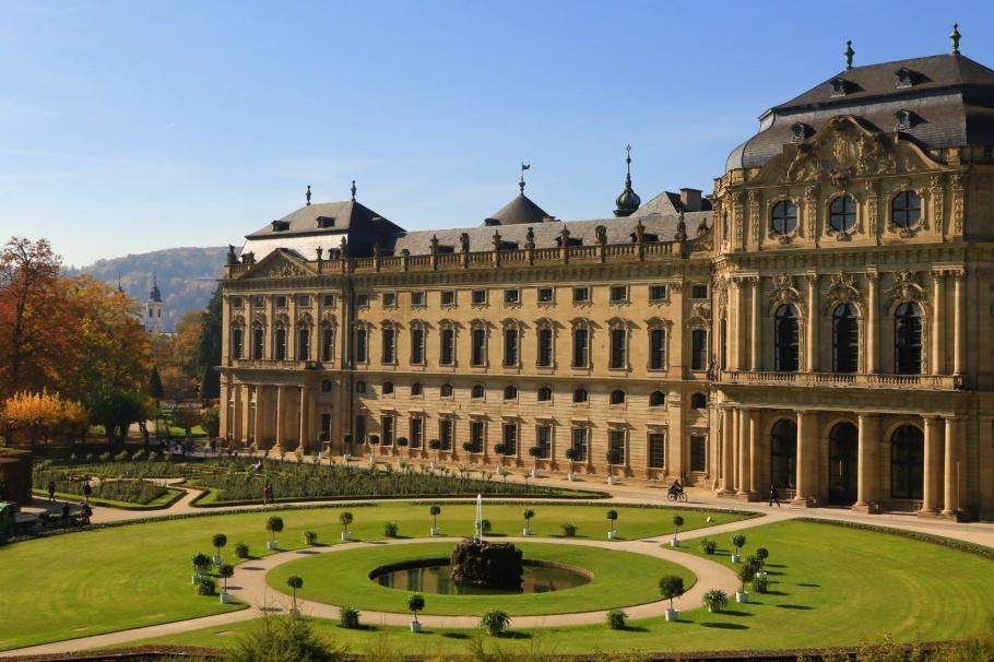 South garden, Würzburg Residence, Würzburg, Bavaria, Bayern, Germany, fotoeins.com
