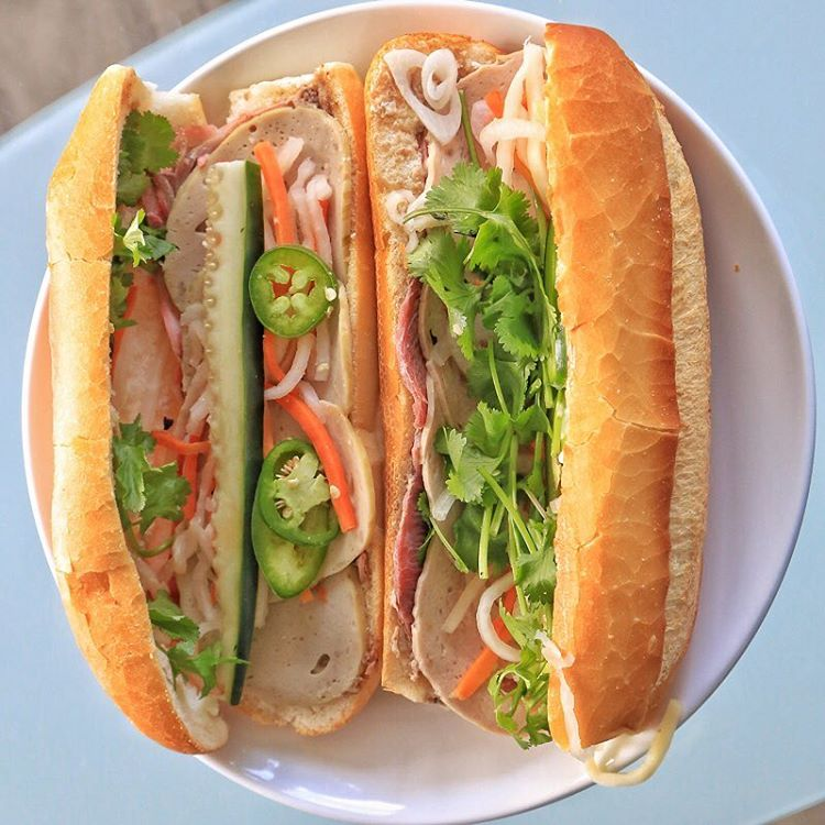Bánh mì, Vietnamese subs, Chinatown International District, Seattle, Washington, USA, fotoeins.com
