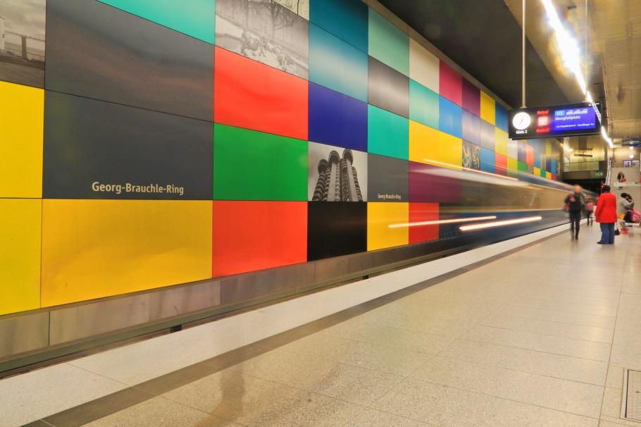 Georg-Brauchle-Ring, MVG München, U-Bahn, München, Munich, Germany, fotoeins.com