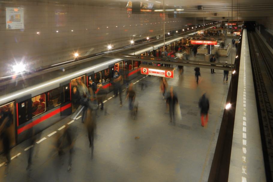 Muzeum, stanice metra, metro station, DPP, Prag, Prague, Praha, Czech Republic, fotoeins.com