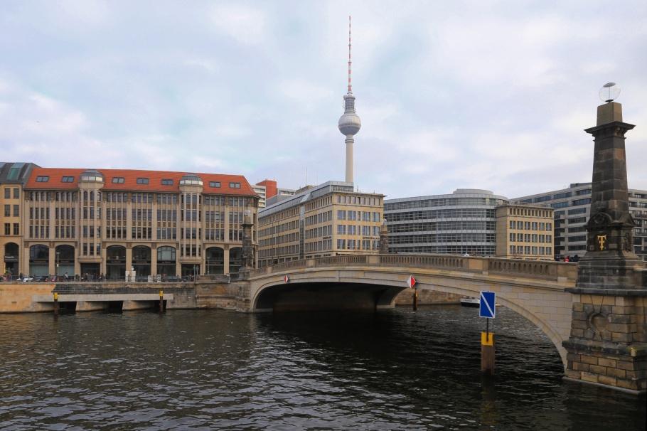 Friedrichsbrücke, Museumsinsel, Berlin, Germany, fotoeins.com
