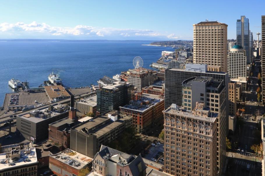 Smith Tower, Colman Dock, Pier 50, 2nd Avenue, Space Needle, Puget Sound, Seattle, WA, USA, fotoeins.com
