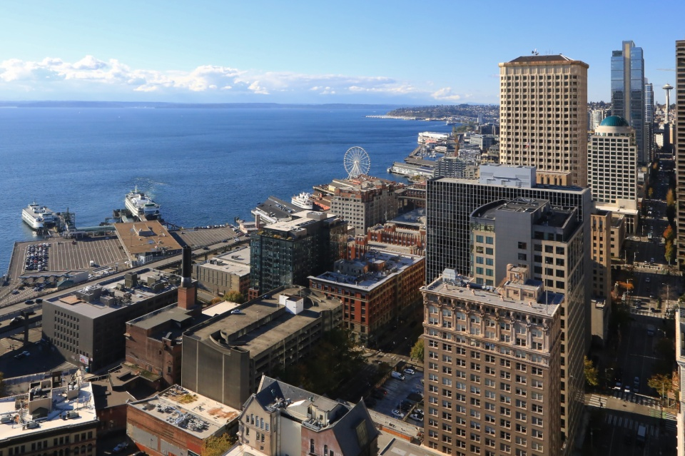 Smith Tower, Colman Dock, Pier 50, 2nd Avenue, Space Needle, Puget Sound, Seattle, WA, USA, fotoeins.com