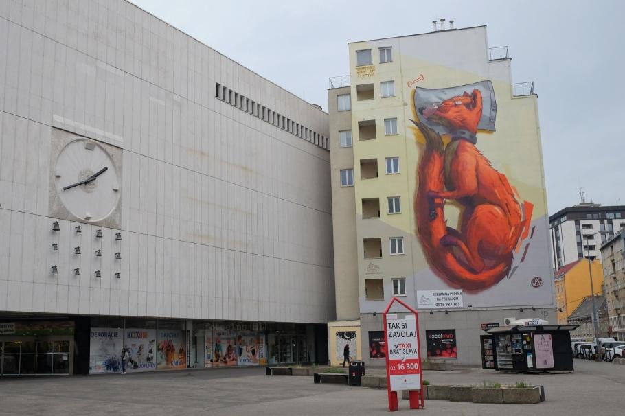 Fat Heat, 2016 Bratislava Street Art Festival, Kamenne namestie, Bratislava, Slovakia, fotoeins.com