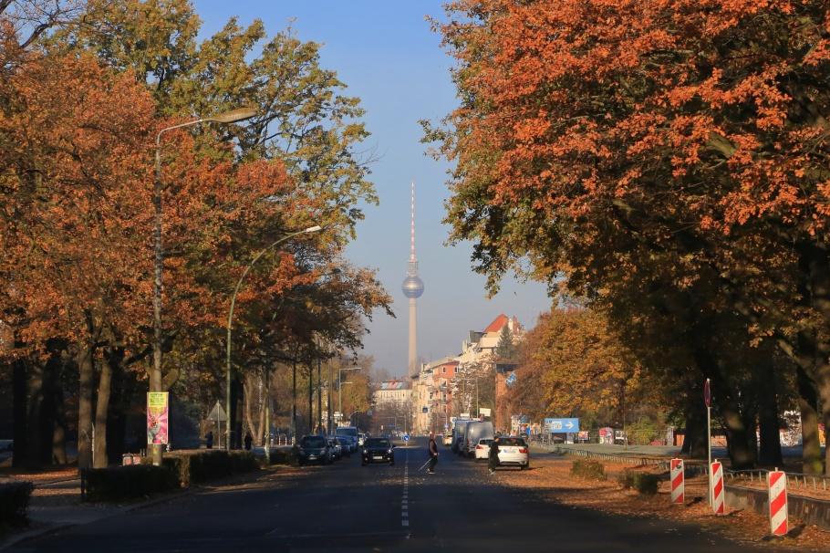 Schlesischer Busch, Puschkinallee, Fernsehturm, ThatTowerAgain, Berlin, Germany, fotoeins.com