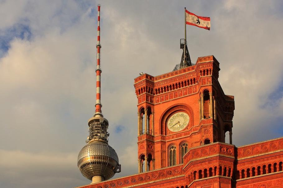 Rotes Rathaus, Nikolaiviertel, Fernsehturm, ThatTowerAgain, Berlin, Germany, fotoeins.com