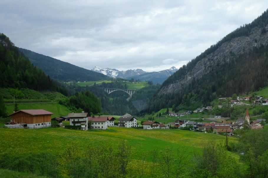Gries am Brenner, Brennerbahn, Tirol, Tyrol, Austria, Oesterreich, fotoeins.com