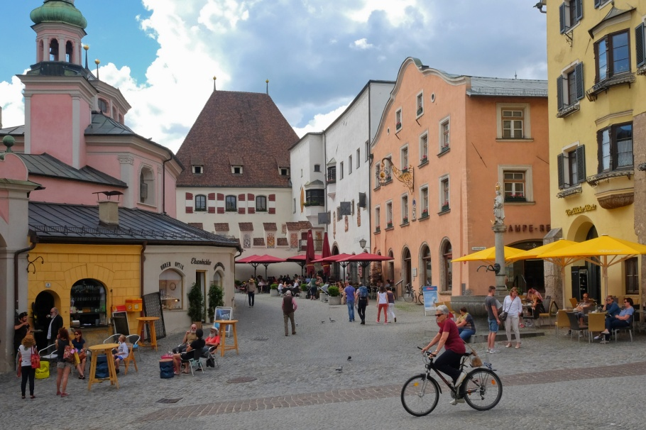 Oberer Stadtplatz, Josefskirche, Stadtamt, Hall in Tirol, Tirol, Tyrol, Austria, Oesterreich, fotoeins.com
