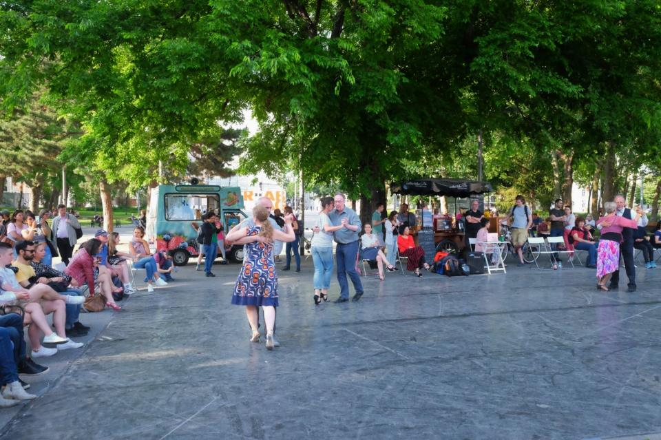 Tango, Resselpark, Karlsplatz, Wien, Vienna, Austria, fotoeins.com