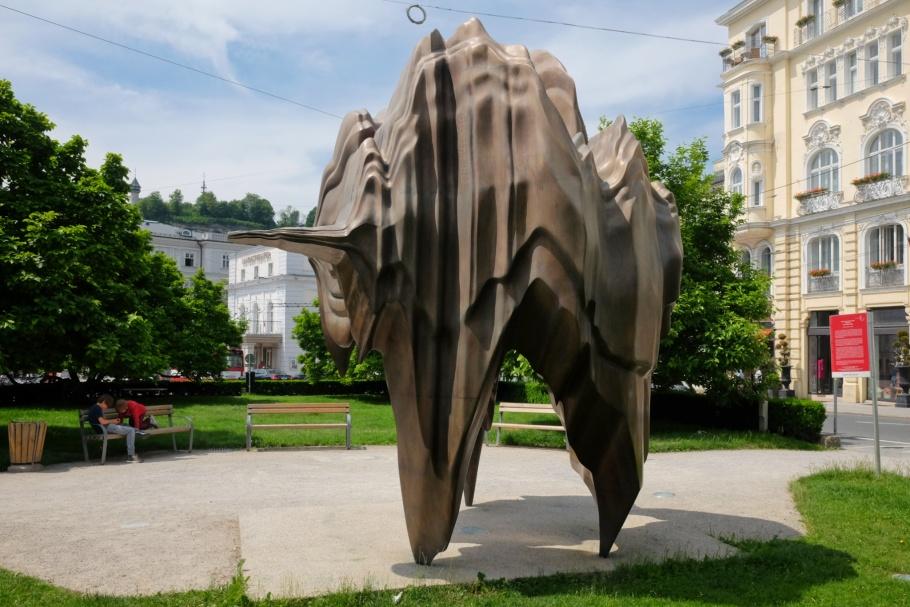 Anthony Cragg, Caldera, Walk of Modern Art, street art, Makartplatz, Salzburg, Austria, Oesterreich, fotoeins.com