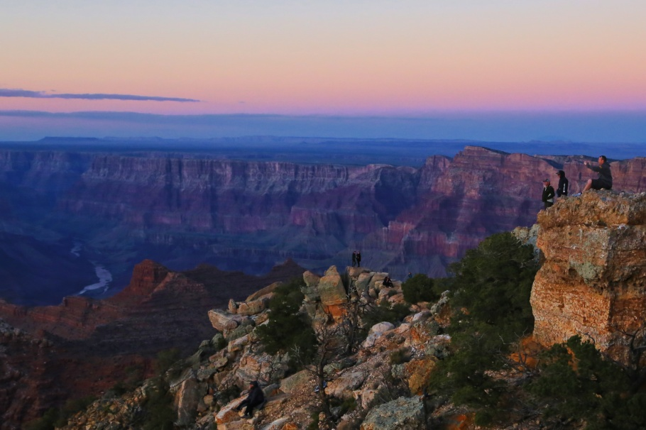 Shadowrise, sunset, Lipan Point, South Rim, Grand Canyon, Grand Canyon National Park, AZ, fotoeins.com