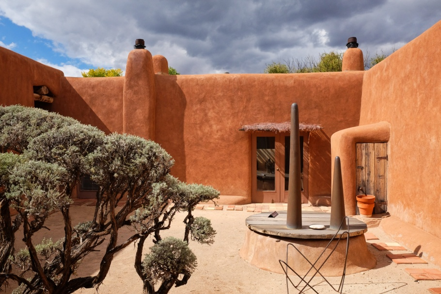 Abiquiu Home and Studio, Georgia O'Keeffe, Georgia O'Keeffe Museum, Abiquiu, NM, USA, fotoeins.com
