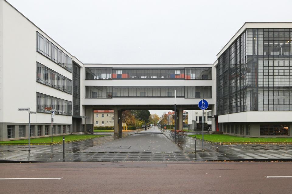 Bauhaus headquarters, Stiftung Bauhaus Dessau, Bauhaus, Bauhaus 100, Dessau, Saxony-Anhalt, Sachsen-Anhalt, Germany, fotoeins.com