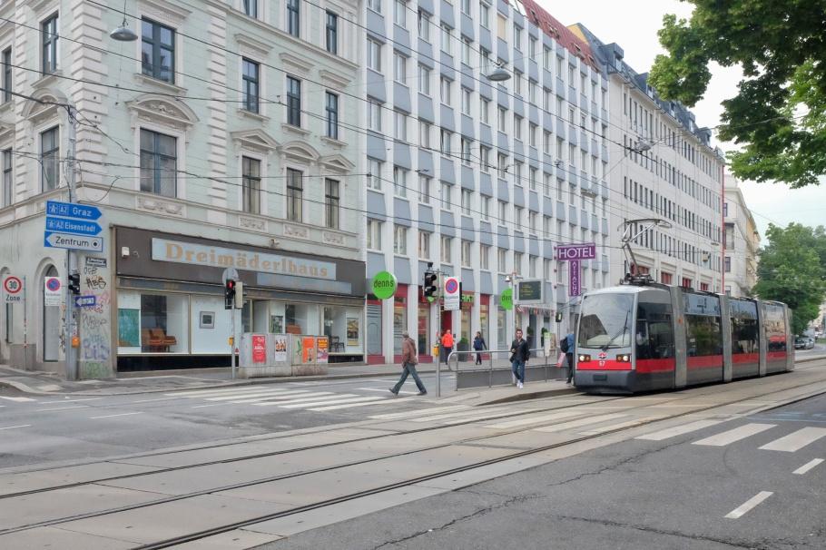 Johann-Strauss-Gasse, Wiedner Hauptstrasse, 4th District, 4. Bezirk, Wieden, Wien, Vienna, Austria, Oesterreich, fotoeins.com