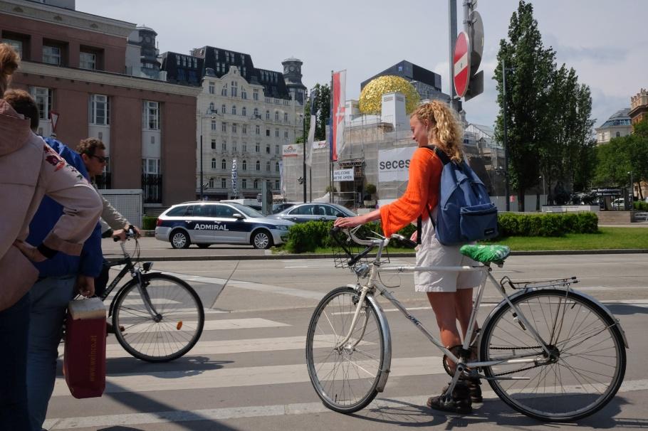 Karlsplatz, Operngasse, Wien, Vienna, Austria, Oesterreich, fotoeins.com