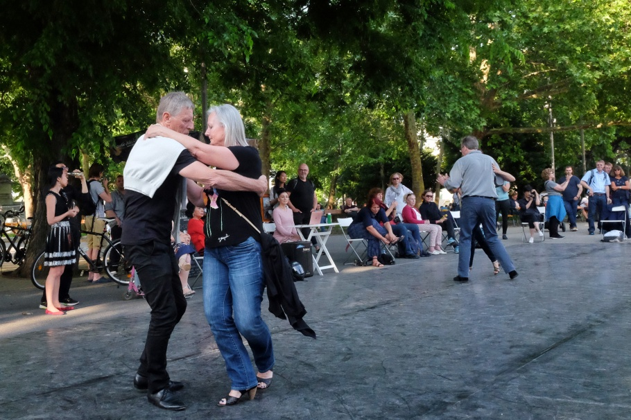 Tango evening, tango, dance, Resselpark, Karlsplatz, Wien, Vienna, Austria, Oesterreich, fotoeins.com