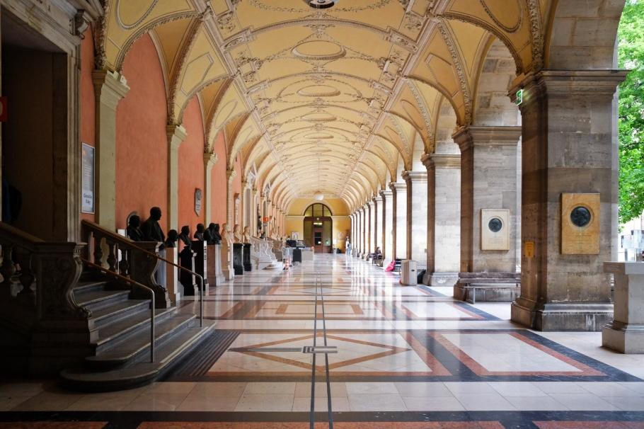Arkadenhof, Universität Wien, Vienna, Wien, Oesterreich, Austria, fotoeins.com