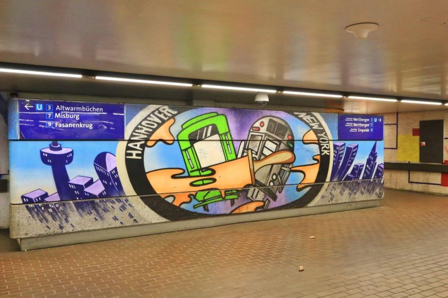 Hannover–New York Express art project, U Sedanstrasse/Lister Meile, Sedanstrasse, Lister Meile, Hannover, Niedersachsen, Lower Saxony, Germany, Deutschland, fotoeins.com