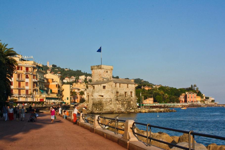 Rapallo Castle Castello di Rapallo, Ligurian coast, Ligurian Riviera, Italian Riviera, Liguria, Ligurian Sea, Rapallo, Genova, Italy, fotoeins.com