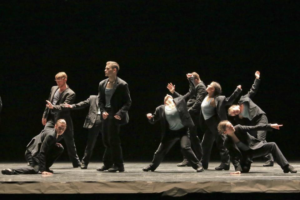 """Minus 16"", Ohad Naharin, Ballet BC season 31 program 3 preview, Ballet BC, Queen Elizabeth Theatre, Vancouver, BC, Canada, fotoeins.com"
