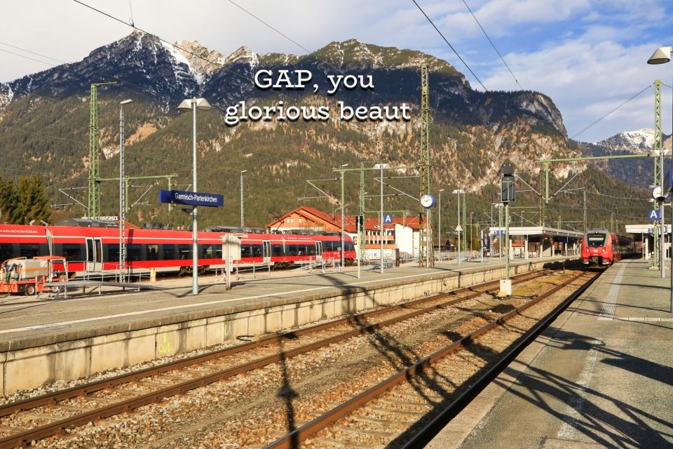 Bahnhof Garmisch-Partenkirchen, train station, Garmisch-Partenkirchen, Bayern, Bavaria, Oberbayern, Upper Bavaria, Germany, Duetschland, fotoeins.com