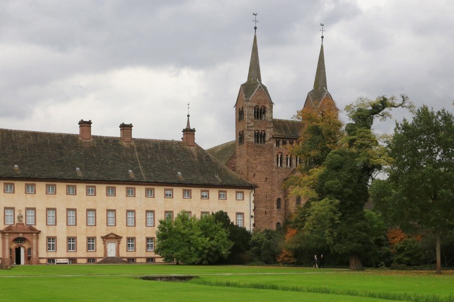 Corvey Abbey, Schloss Corvey, Kloster Corvey, Höxter, Weser river, North Rhine-Westphalia, Nordrhein-Westfalen, Germany, Deutschland, UNESCO, World Heritage, Welterbe, Weltkulturerbe, fotoeins.com
