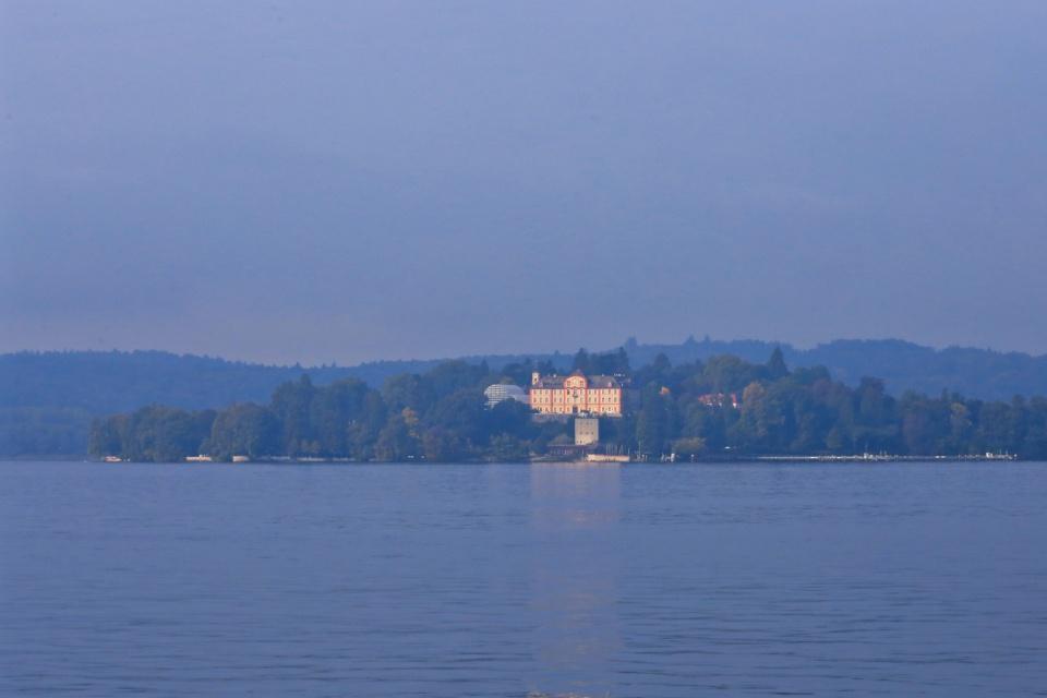 Schloss Mainau, Burg Mainau, Mainau, Obersee, Bodensee, Lake Constance, Konstanz, Constance, Baden-Württemberg, Germany, Deutschland, fotoeins.com