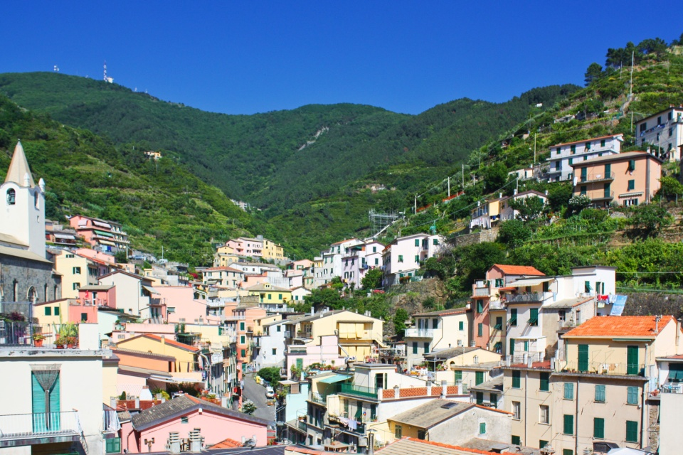 Riomaggiore, Cinque Terre, Liguria, Italy, Ligurian coast, Ligurian Riviera, Italian Riviera, Ligurian Sea, Mediterranean, UNESCO, World Heritage, fotoeins.com